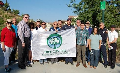 Tree City USA Banner and group